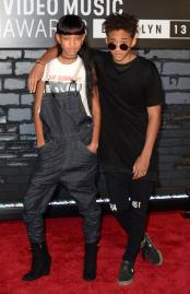 Rules-of-Style-Willow-and-Jaden-Smith-Man-Repeller-22